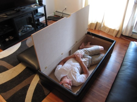 """Look at the space in the ottoman, that is a 165lb 6'1"""" 17 year old in there!"""
